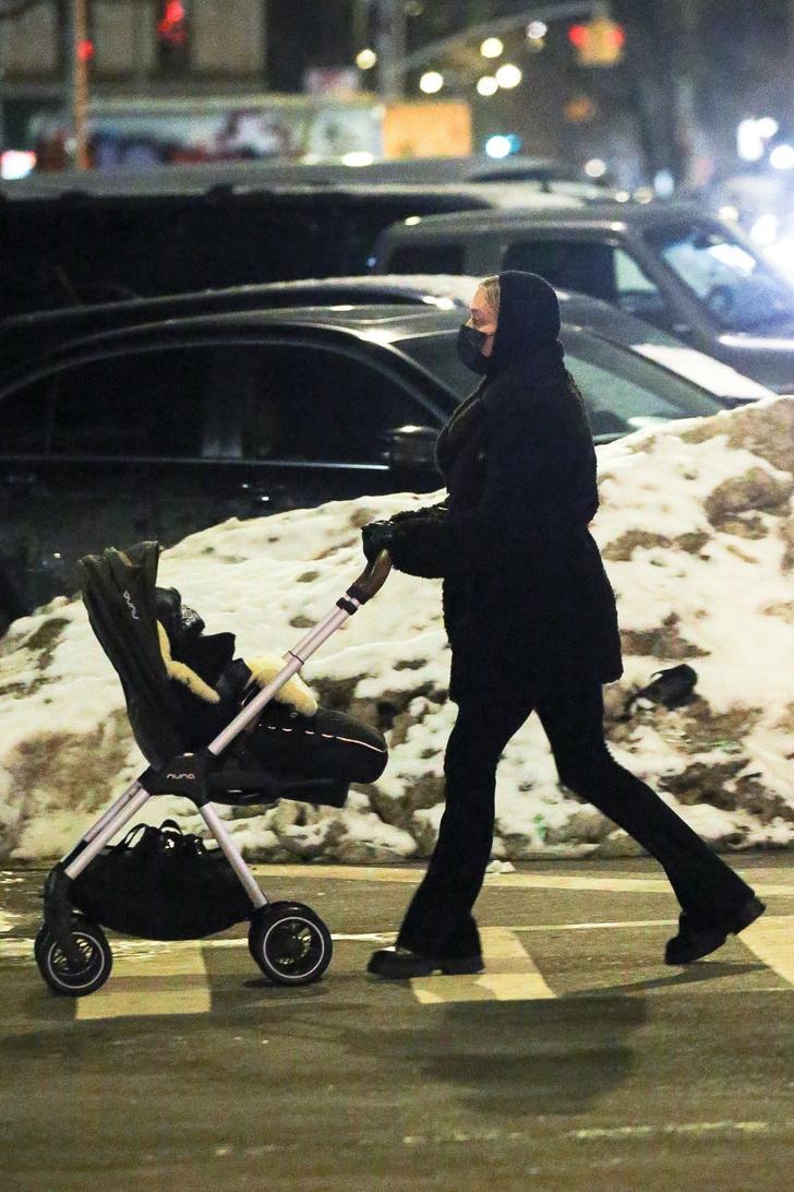 Фото №3 - Как одеваются молодые модные мамы на прогулку? Научит Хлоя Севиньи