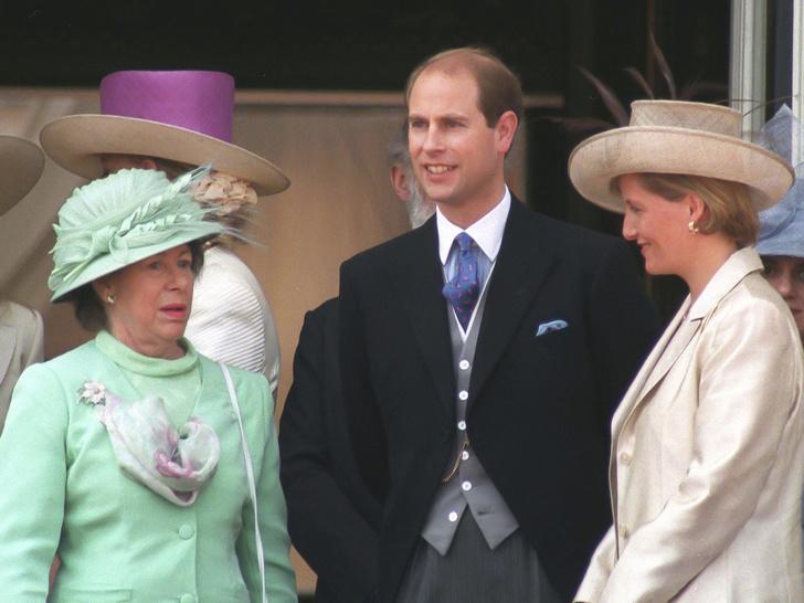 Фото №2 - Племянник-соперник: что принцесса Маргарет не поделила с принцем Эдвардом