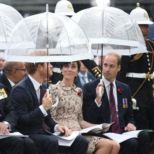Фото №20 - 12 королевских традиций, которые нарушили Кейт Миддлтон и принц Уильям