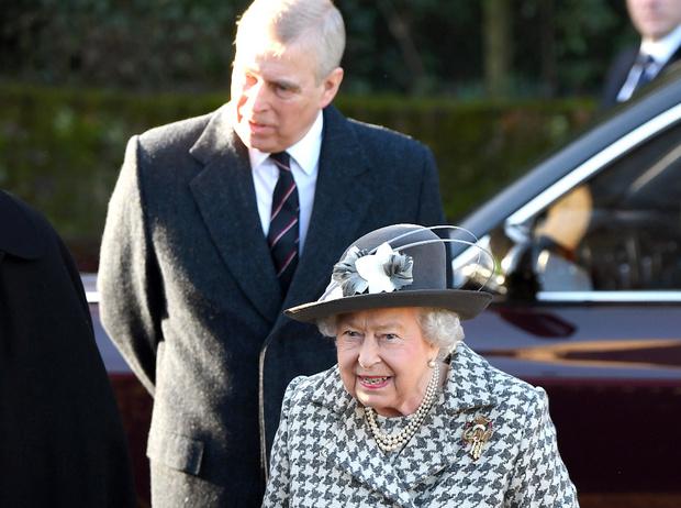 Фото №2 - ФБР против королевской семьи: принц Эндрю отказывается давать показания по делу Эпштейна