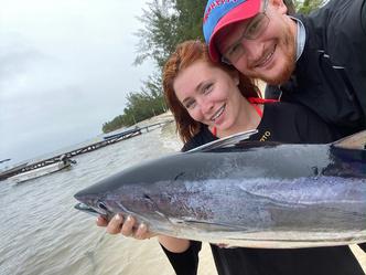 Фото №3 - Финалистка «Голоса» Анастасия Спиридонова поймала огромного тунца