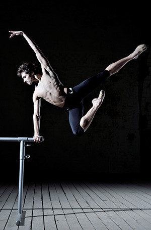 Фото №19 - «Балерины не едят пирожных» и другие мифы о балете глазами фотографа