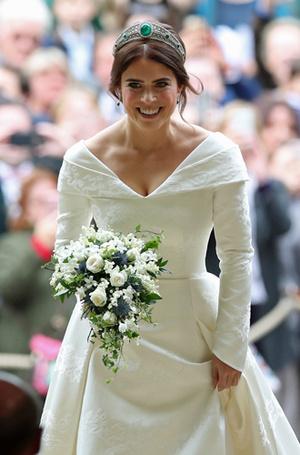 Фото №8 - Настоящая принцесса: свадебный образ Евгении Йоркской