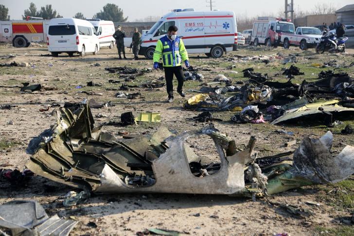 Фото №1 - В Иране потерпел крушение украинский пассажирский самолет