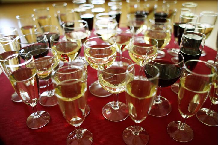 Фото №1 - Названы страны-рекордсмены по потреблению алкоголя
