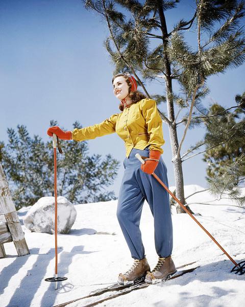 К чему снятся лыжи, сонник