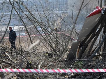 Самолет президента Польши разбился во время приземления, зацепившись за дерево