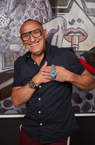 Фото №6 - Из любви к искусству: как художник превратил часы в арт-объект