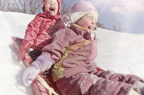 Фото №1 - С морозом шутки плохи: как помочь ребенку при обморожении или общем переохлаждении