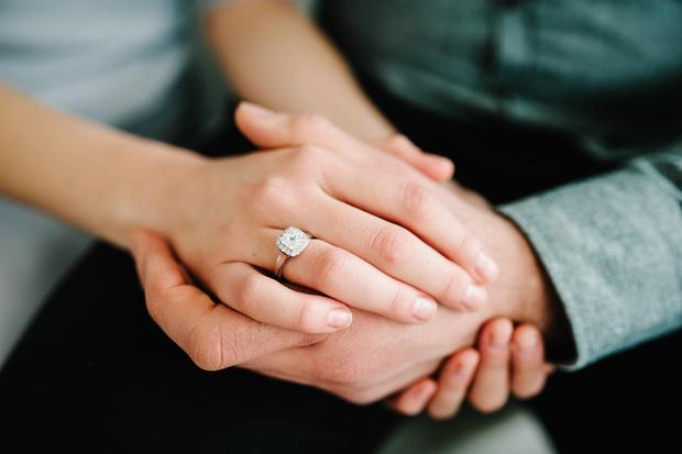 Фото №1 - «Я возненавидела его, как только увидела»: как быть, если он прогадал с обручальным кольцом