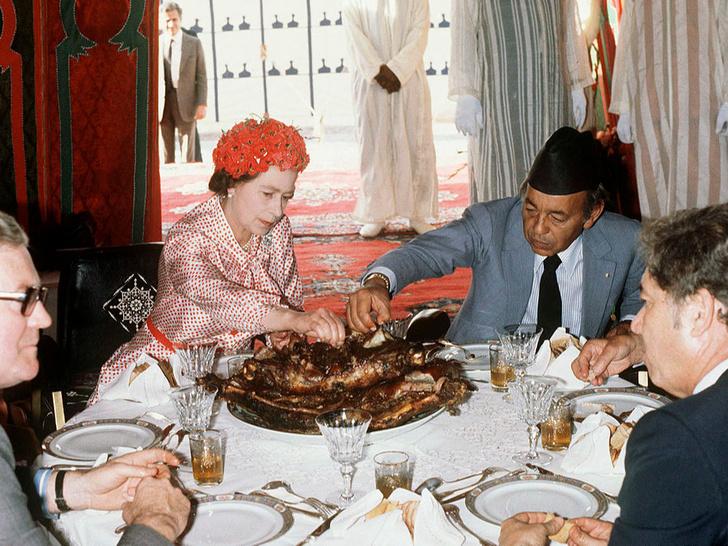 Фото №3 - Какое популярное блюдо Королева никогда не пробовала