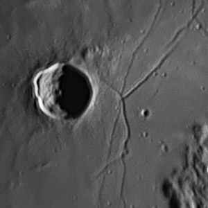 Фото №1 - Жизнь вулканов на Луне
