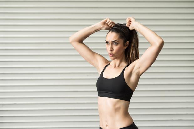 Фото №1 - Можно улучшить: 5 упражнений для красивого бюста