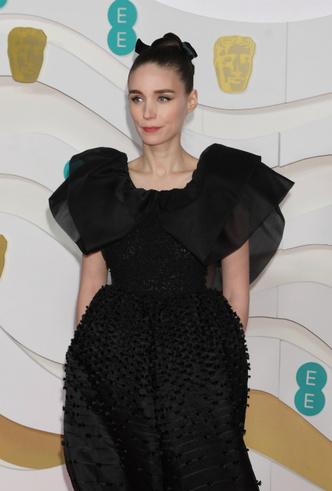 Фото №24 - BAFTA-2020: самые стильные звезды на ковровой дорожке церемонии