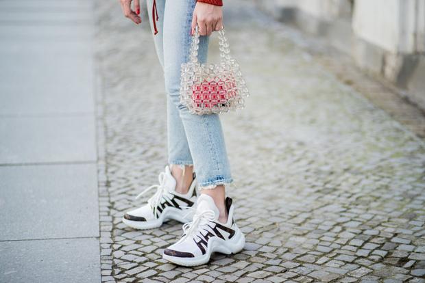Фото №1 - Look good: С чем носить твои новые кроссовки?