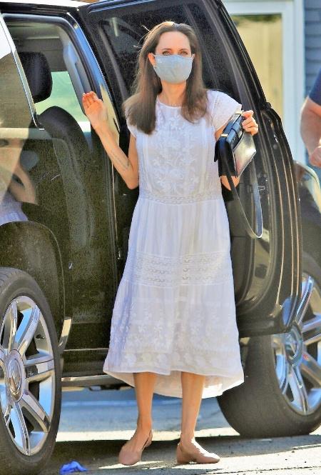Анджелина Джоли в Лос-Фелизе