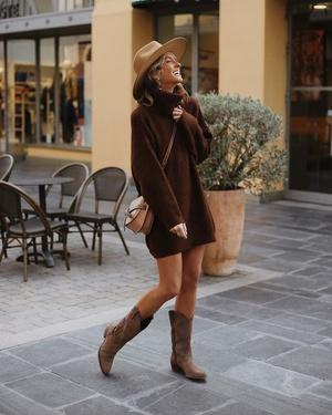 Фото №4 - Платье-свитер: какое купить и с чем носить в 2021