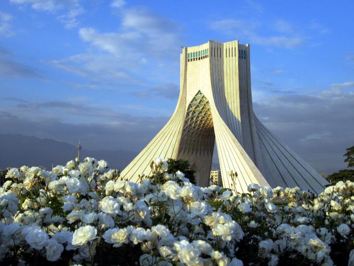 Фото №2 - Иран: мини-гид в 12 открытках