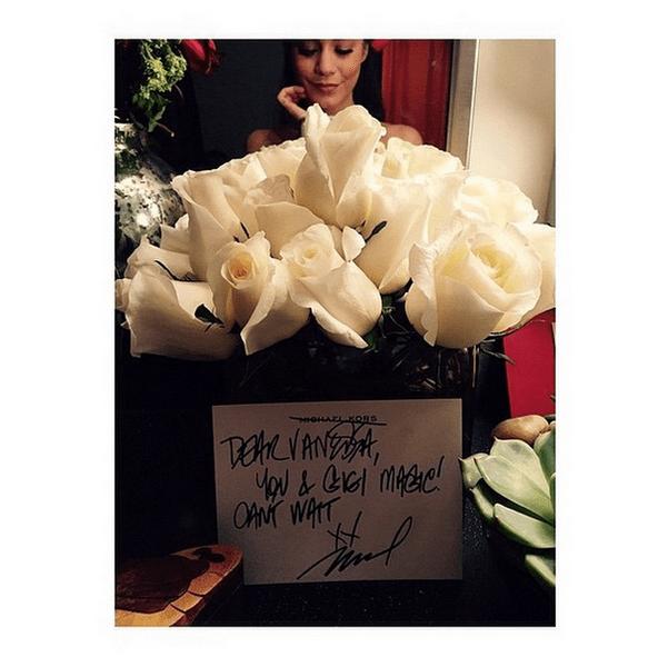Фото №23 - Звездный Instagram: Знаменитости и цветы