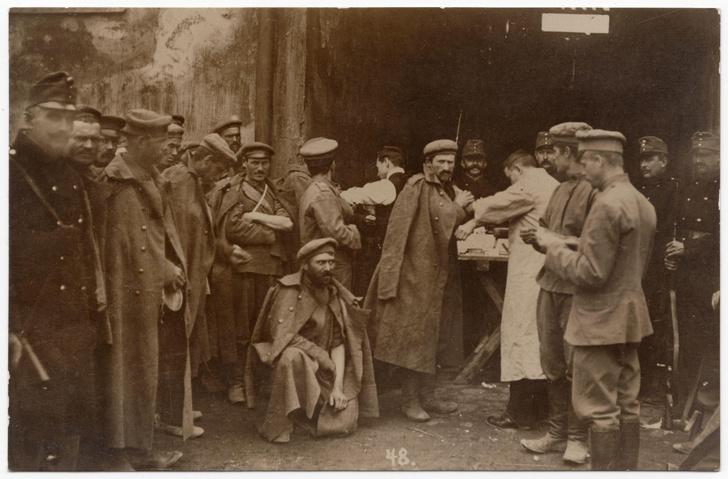 Фото №7 - «Рога и хвост не вырастут»: как в России пропагандировали вакцинацию 200 лет назад