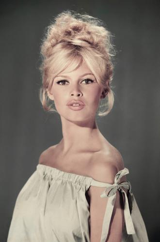 Фото №37 - Мода 60-х: иконы стиля, создавшие свою эпоху