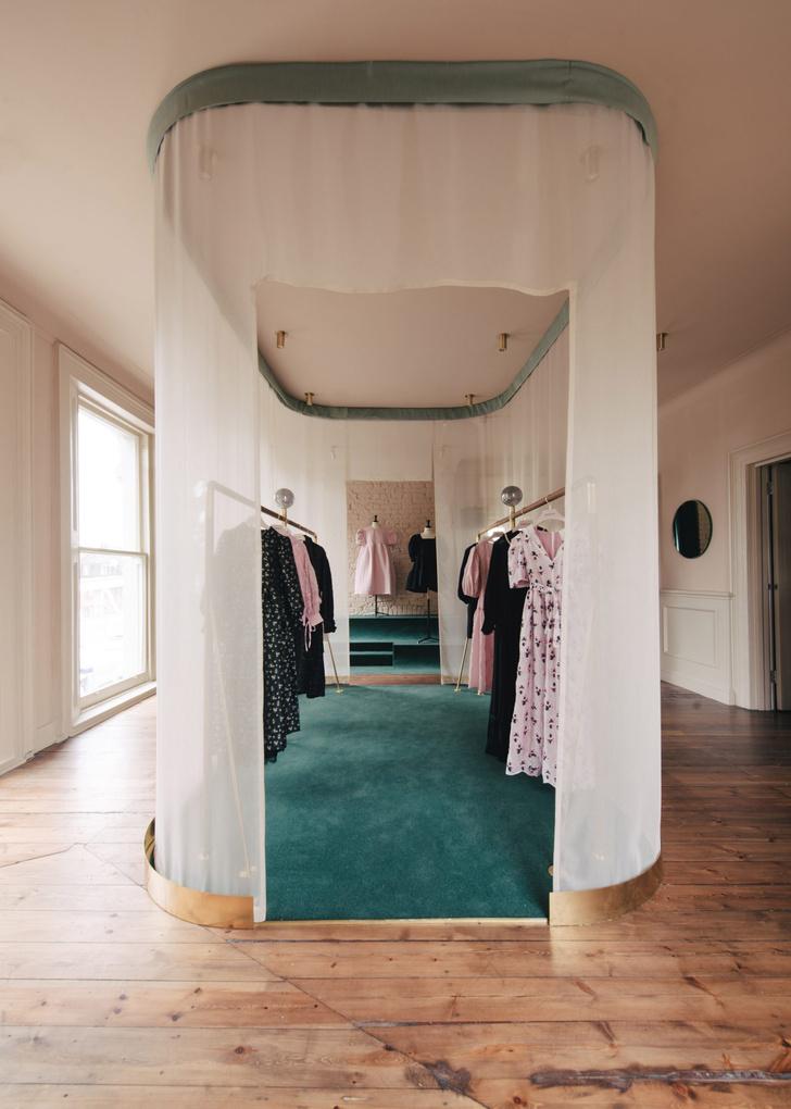 Фото №6 - Штаб-квартира бренда Sister Jane в Лондоне
