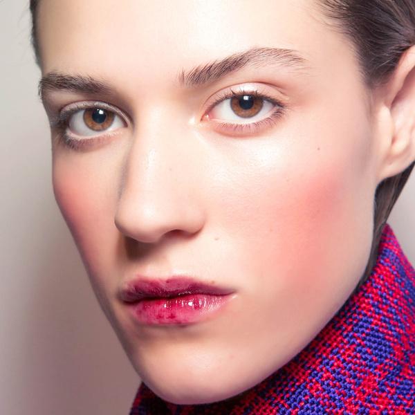 Фото №1 - Бьюти-тренд: ягодные оттенки губ и румяна