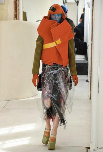 Фото №3 - Новое модное кредо Джона Гальяно