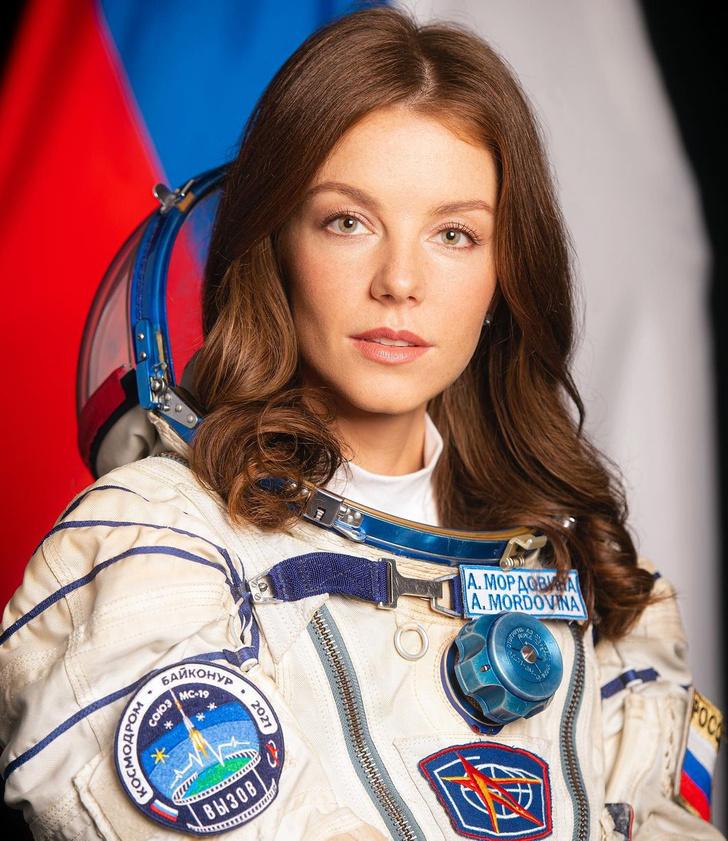 Фото №1 - Алена Мордовина— актриса «Кухни», которую выделил сам Рогозин. Что мы знаем о новом космонавте?