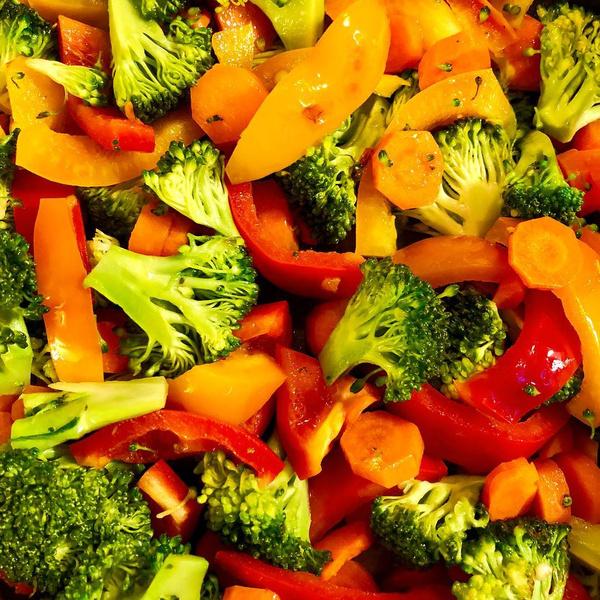 Фото №1 - 5 признаков, что ты слишком увлеклась здоровым питанием