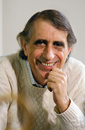Мишель Казенав (Michel Kazenave) родился в 1942 году, учился в Париже, был увлечен идеями психоаналитика