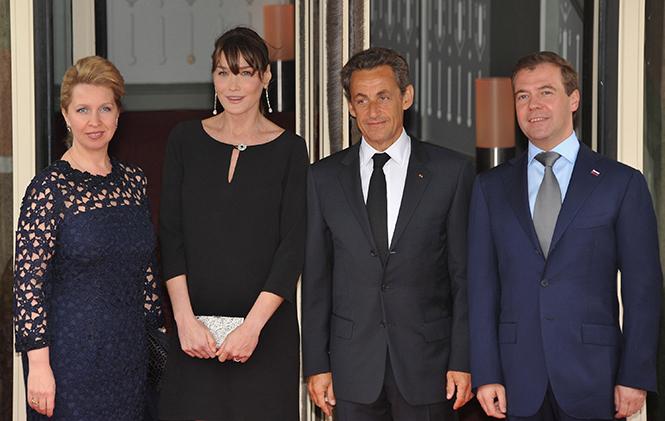 Фото №4 - Первые леди Франции: от Ивонны де Голль до Карлы Бруни-Саркози