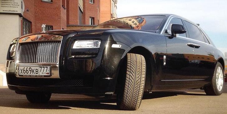 Фото №1 - Классовые различия: любительский тест-драйв Rolls-Royce Ghost