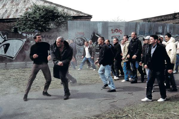 Фото №2 - Потому что мы фирма! Как английская разновидность футбольного хулиганства распространилась на весь мир