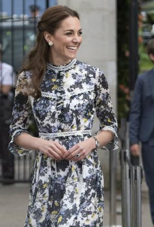 Фото №3 - «Бельгийская Кейт Миддлтон»: принцесса Элизабет и ее модные заявления