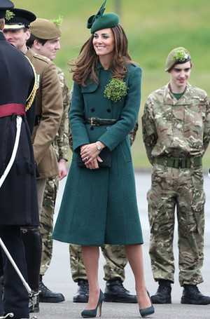 Фото №65 - Любимые бренды одежды герцогини Кембриджской