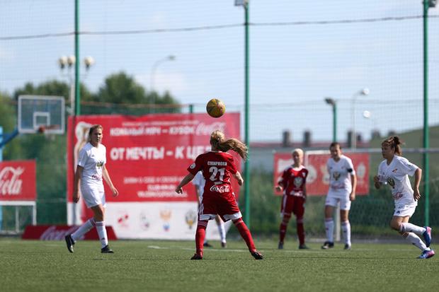 Фото №3 - Будущее женского футбола: интервью с тренером женской сборной Еленой Фоминой