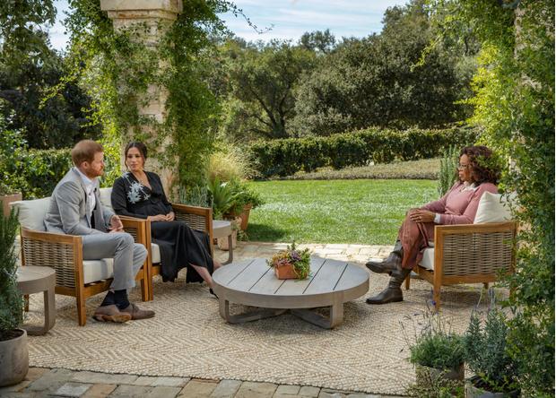 Фото №3 - Расизм в королевской семье и другие откровения Меган Маркл на интервью с Опрой Уинфри
