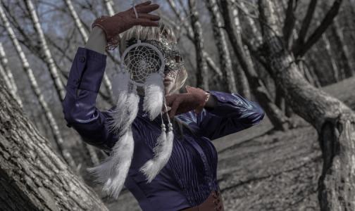 Фото №1 - В Петербурге «народный целитель» требует официального признания через суд