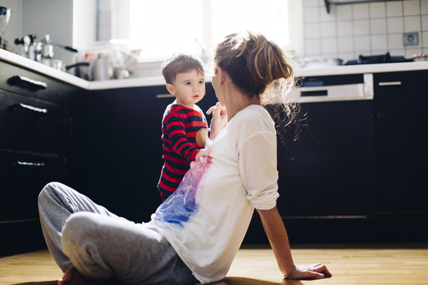 Фото №1 - Мамины грехи: за что родителям стыдно перед своими детьми