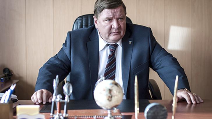 Фото №1 - Депутат предложил сажать чиновников, оскорбивших граждан