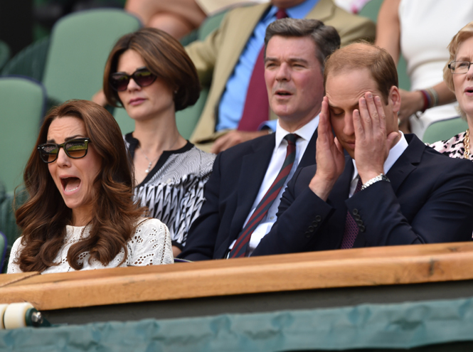 Фото №20 - И смех, и слезы: звезды на трибунах Уимблдона глазами фотографов