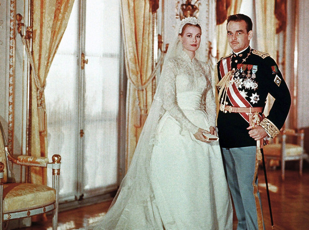 Фото №2 - Пять королевских невест, отказавшихся от тиары на свадьбе