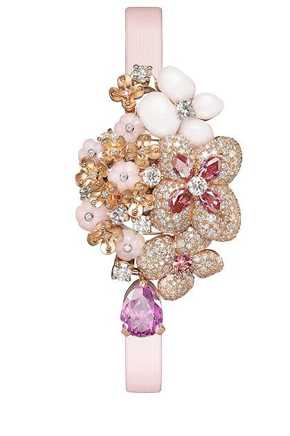 Часы Hortensia, розовое золото, розовые опалы, сапфиры, турмалин, бриллианты, Chaumet.