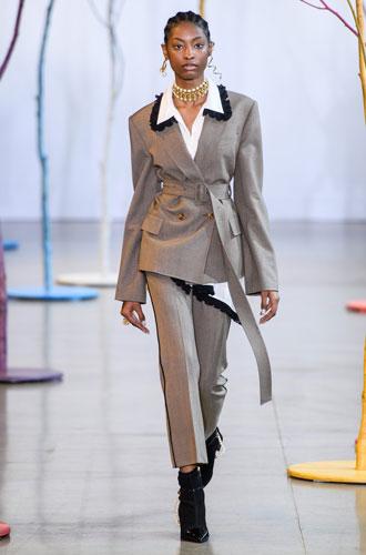 Фото №39 - От классики до сочных красок: лучшие костюмы с Недели моды в Нью-Йорке