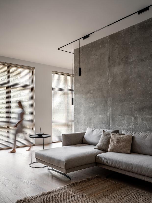Фото №2 - За бетонной стеной: архитектурная квартира 125 м² в Москве