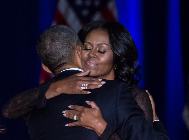Фото №1 - Неожиданный секрет долгого брака Мишель и Барака Обамы