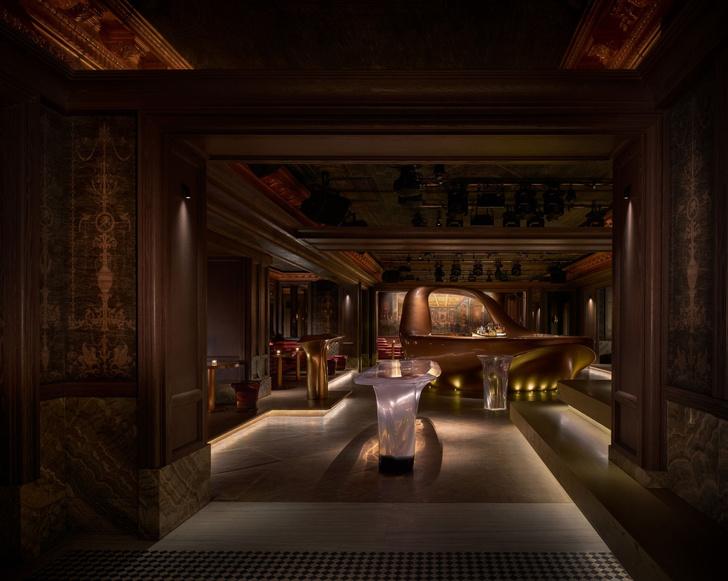 Фото №2 - Сюрреалистический бар в Дубае