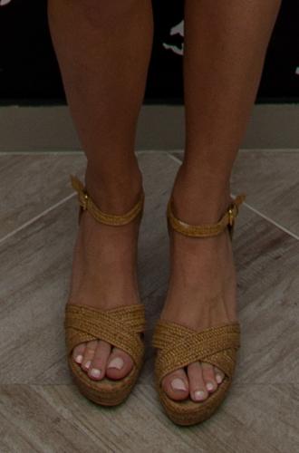 Фото №4 - Чем ноги Меган и Гарри заинтересовали экспертов