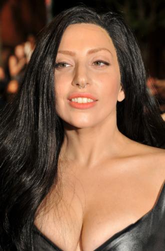 Фото №22 - Как хорошела Леди Гага: все о громких бьюти-экспериментах звезды